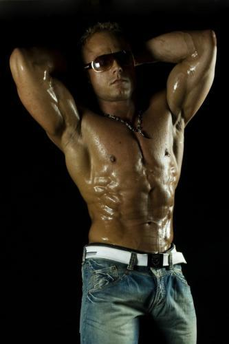 Stripper_Ruesselsheim_-_Name_Chris.jpg