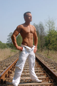 Waren-Stripper-03.jpg