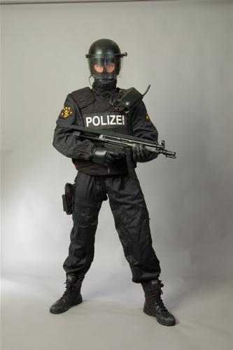 Ludwigshafen-Stripper-02.jpg